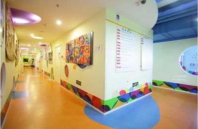 设计图分享 环境舞台设计图 > 少儿绘画班前台设计图  少儿绘画班前台